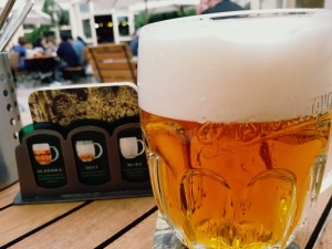 Pilsen. La cerveza típica. Rica, suave, como me gusta.